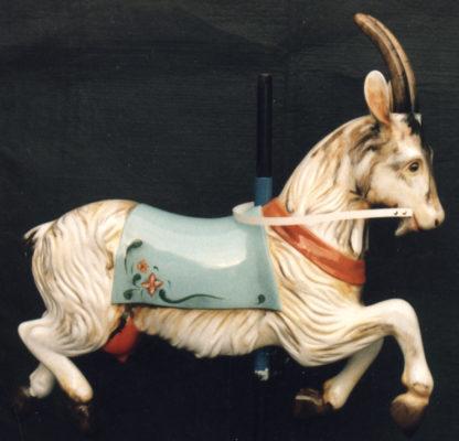 Chèvre de manège forain